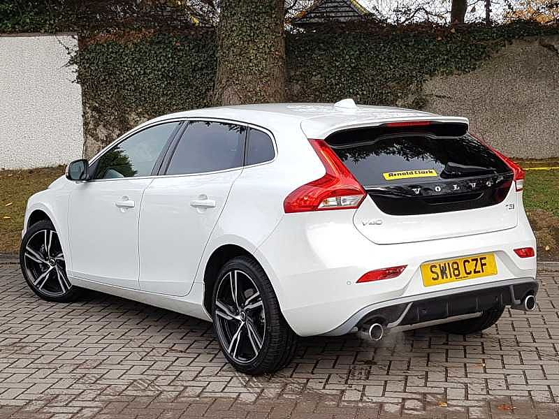 Volvo V40 T3 R-Design Pro Manual (Winter Pack, Sat Nav, National Delivery Available)