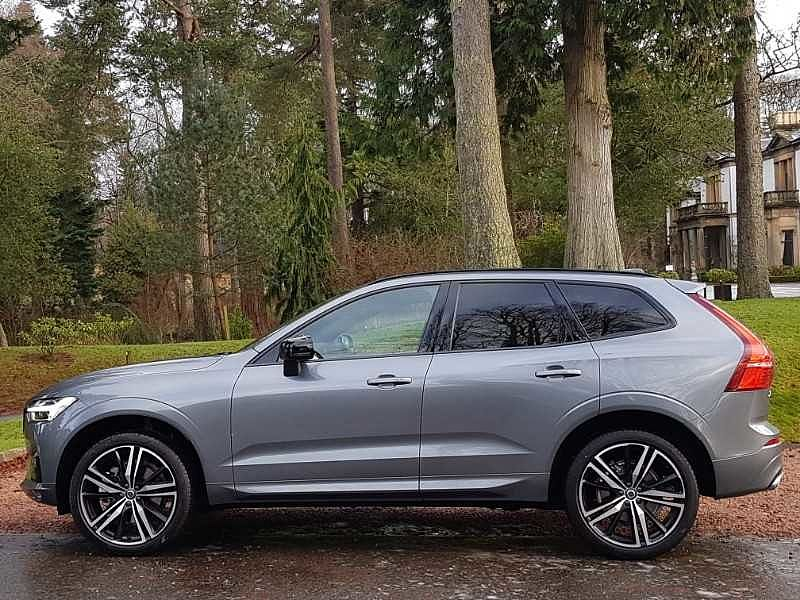Volvo XC60 II B6 AWD (Petrol) R-Design Pro Automatic  (National Delivery £95)