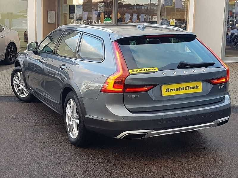 Volvo V90CC T5 AWD Cross Country Automatic (National Delivery £95)